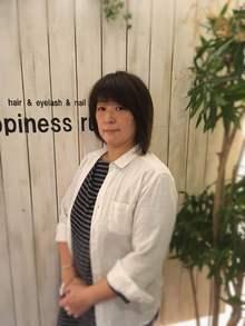 スタイリスト<br />楠本 佳織<br />Kaori Kusumoto