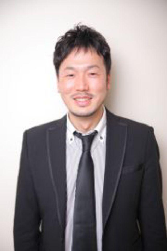 男性部門店長<br />岩浅 緒悟<br />Iwaasa Shogo