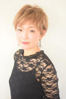 スタイリスト・ネイリスト<br />瀬戸川 優<br />Yu Setogawa
