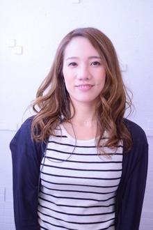 アイリスト<br />太田 綾美<br />Ayami Ota